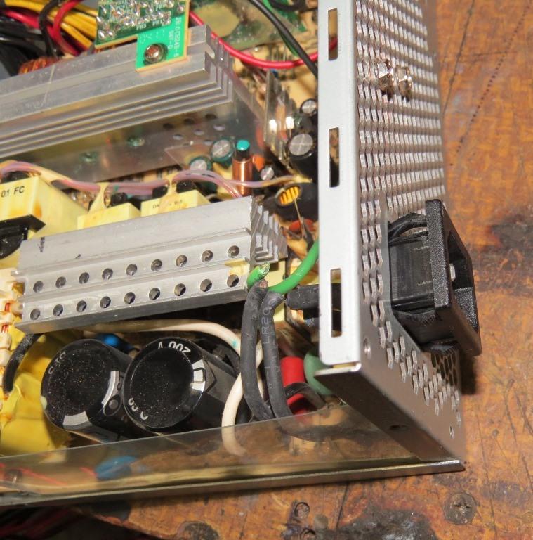 Du 12v dans la cagouille avec une alimentation de PC Img_4214