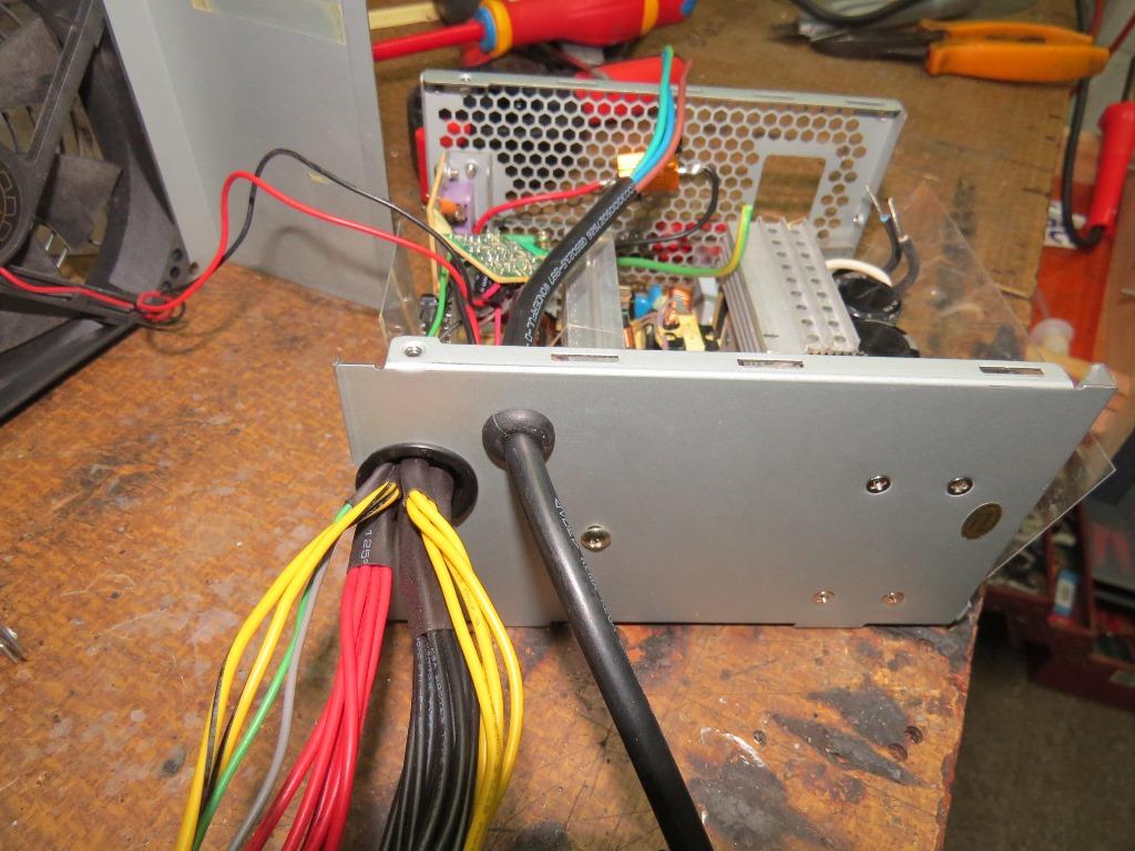 Du 12v dans la cagouille avec une alimentation de PC Img_4216