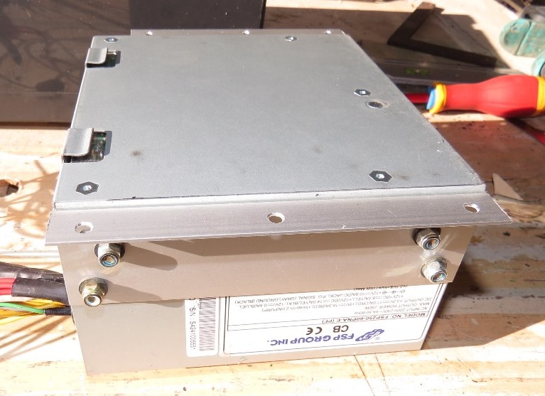 Du 12v dans la cagouille avec une alimentation de PC Img_5216
