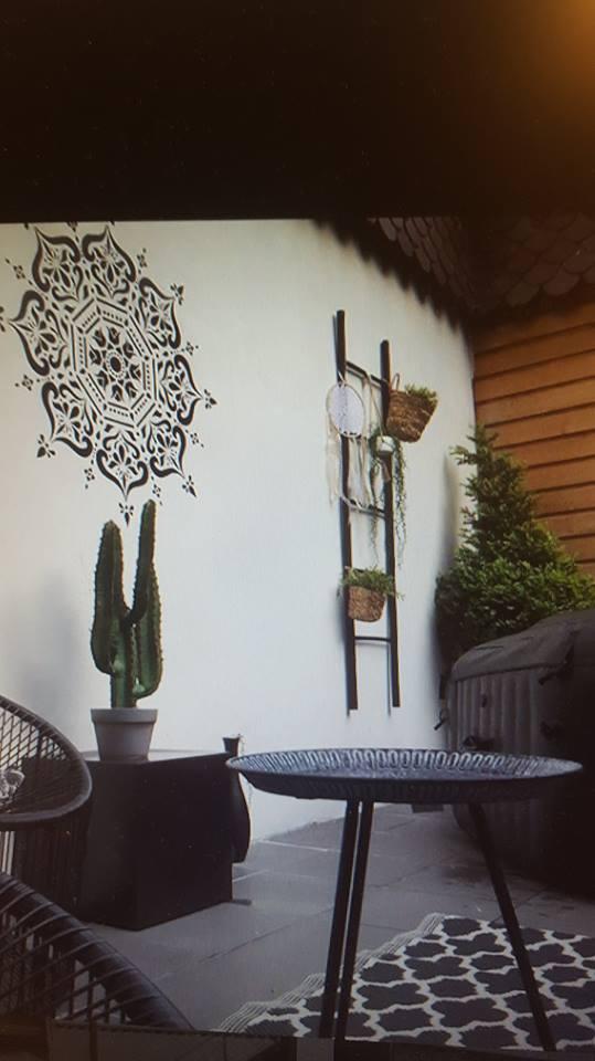 décorer mur de sa terrasse 43453310