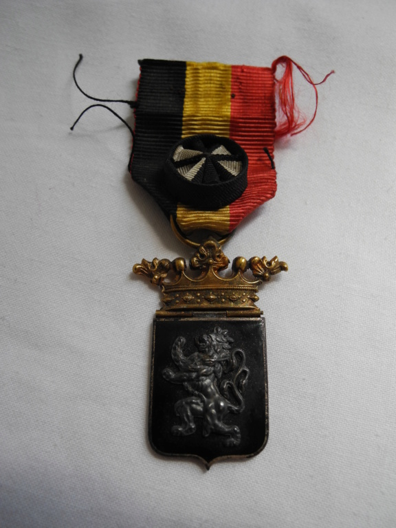 identification médaille belge  Dscn4911