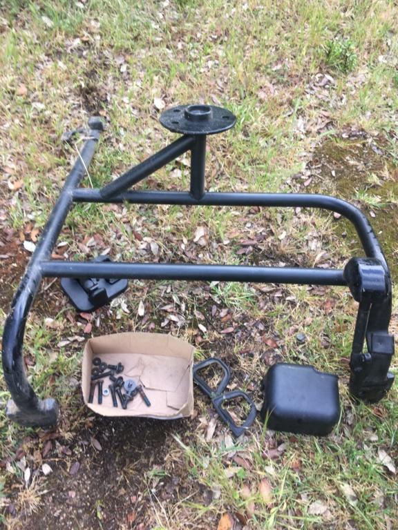 Monter un porte roue de secours d'origine 4cef9110