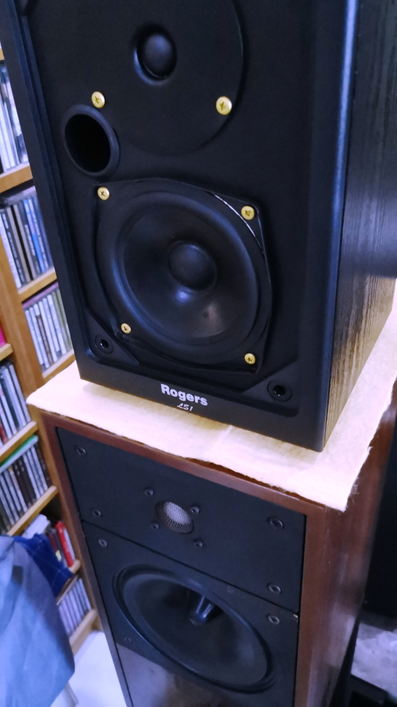 Rogers LS-1 Classic Monitor Speakers, Sweet British Sound (Used In Good Condition) Img_2150