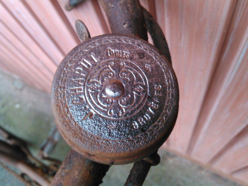 Col de cygne inconnu 1915 plaques Peugeot autogene Kimg0101