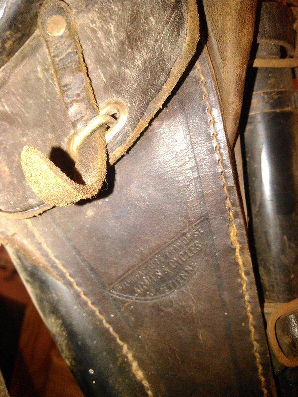 Hirondelle Manufrance carter ajouré 1915 ? n.177502 Kimg0646