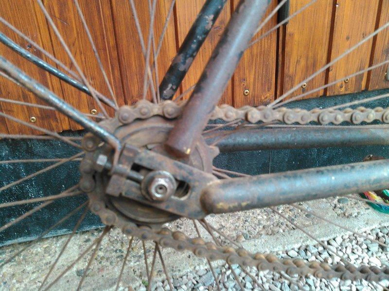 Bicyclette de dame inconnue Kimg1116