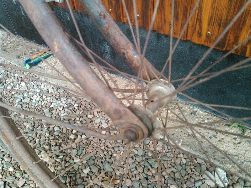 Bicyclette de dame inconnue Kimg1123