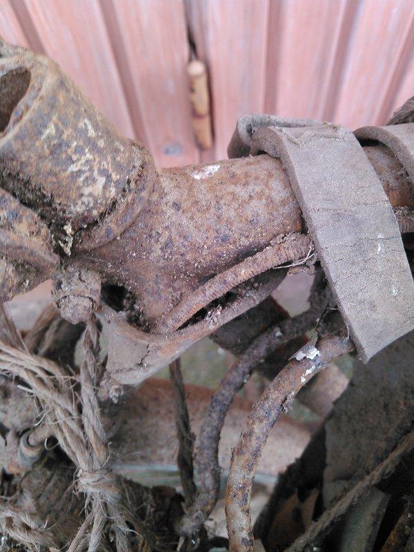 Vélo Peugeot ? n.469 127 Kimg1139