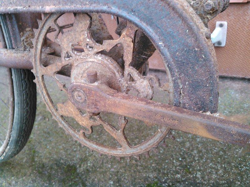 Vélo Peugeot ? n.469 127 Kimg1140