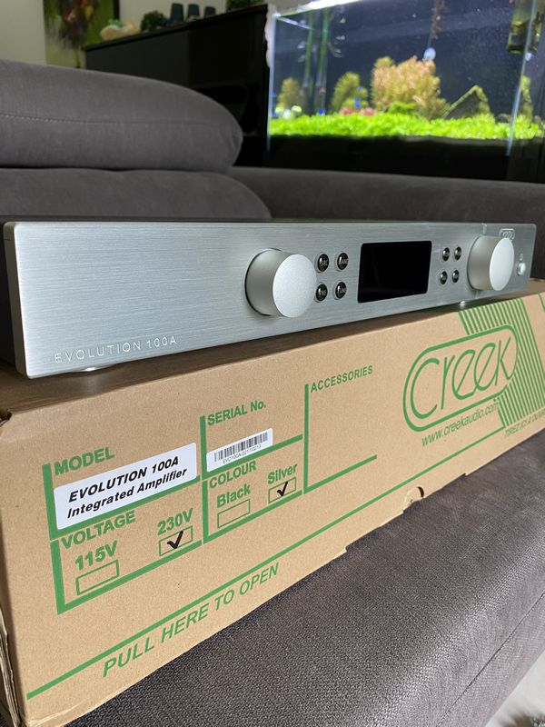 CREEK Evolution 100A Integrated Amplifier Img-2810