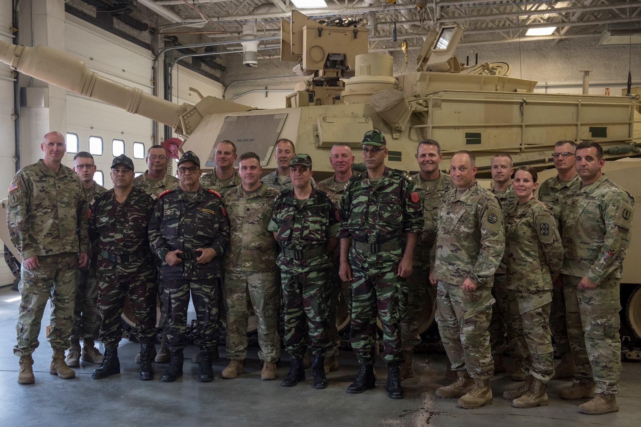 Cooperation militaire avec les USA - Page 7 39162610