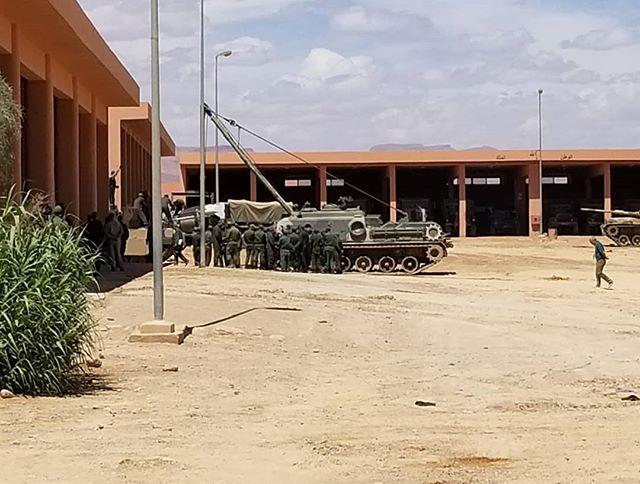 Photos - Logistique et Camions / Logistics and Trucks - Page 9 Abrams12