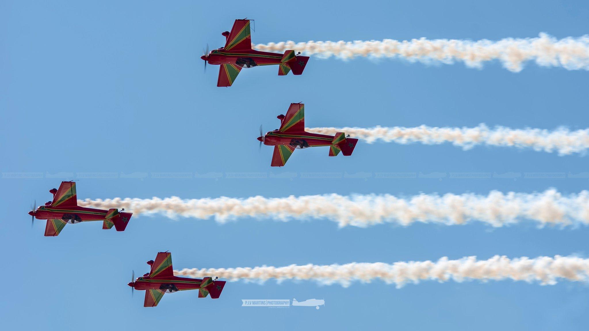 la patrouille acrobatique : la marche verte - Page 9 D-auc610