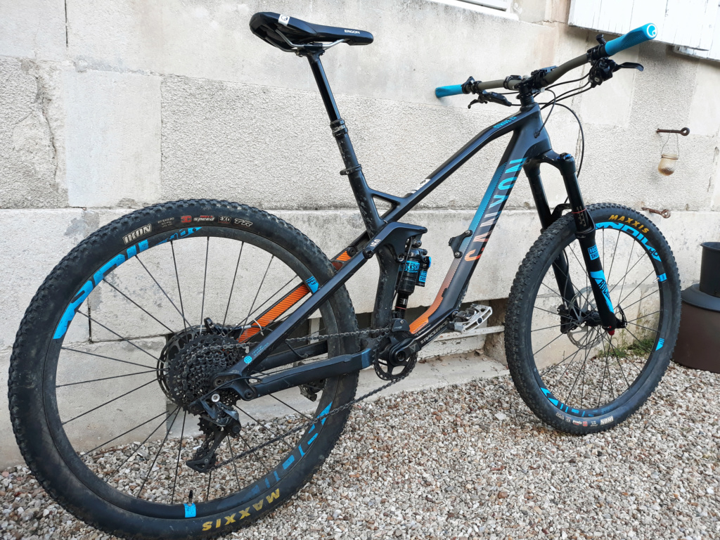 VENDS CANYON STRIVE CF 8 RACE Team taille M 20190312