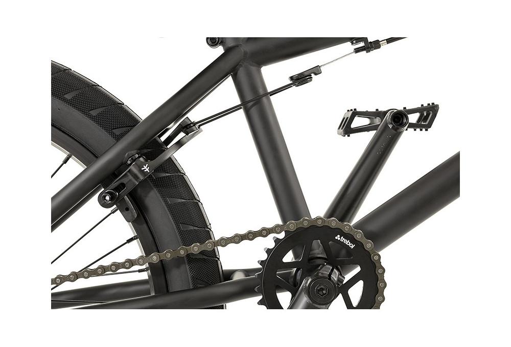 [ VENDU] BMX Flybikes neutron rhd 20.75'' flat black 350 € 5a27e110