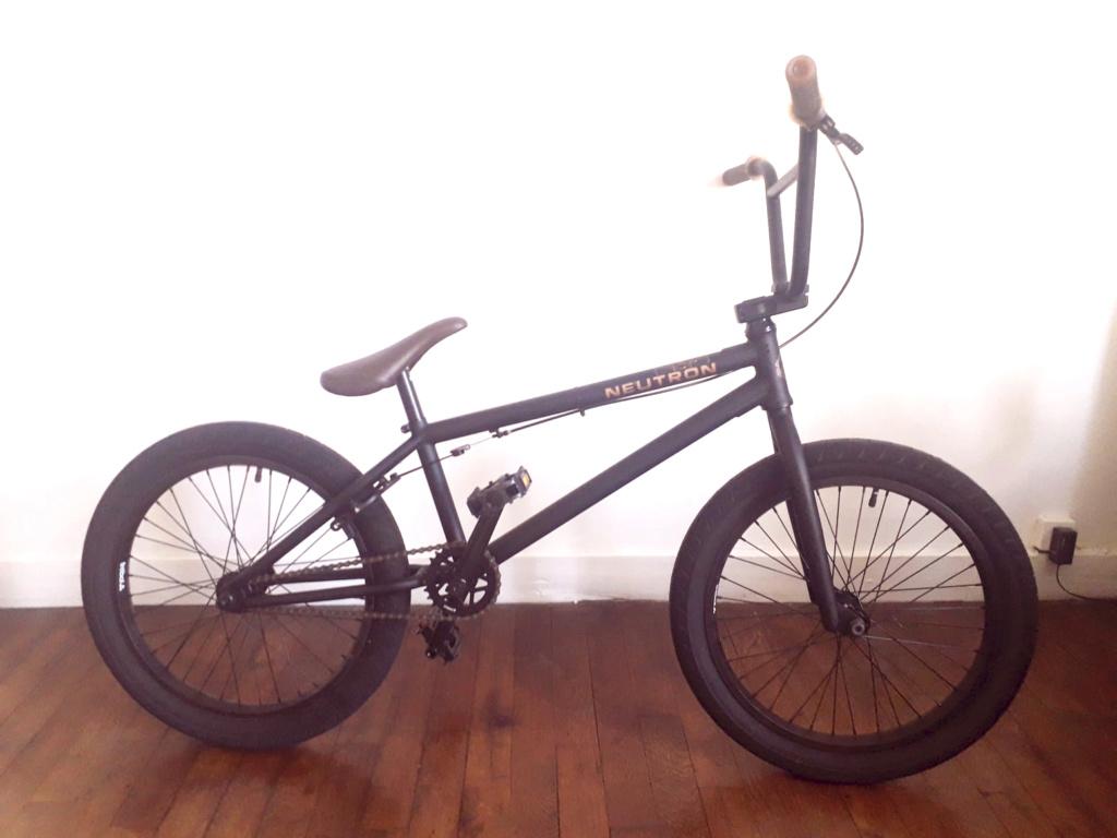 [ VENDU] BMX Flybikes neutron rhd 20.75'' flat black 350 € Bmx00110