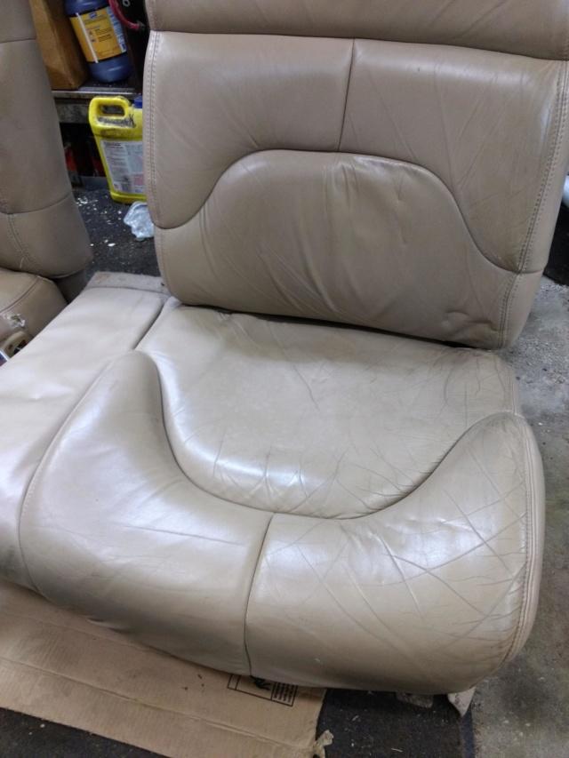 RMW Tan Limited Leather seats (Toledo/Columbus) Img_2024