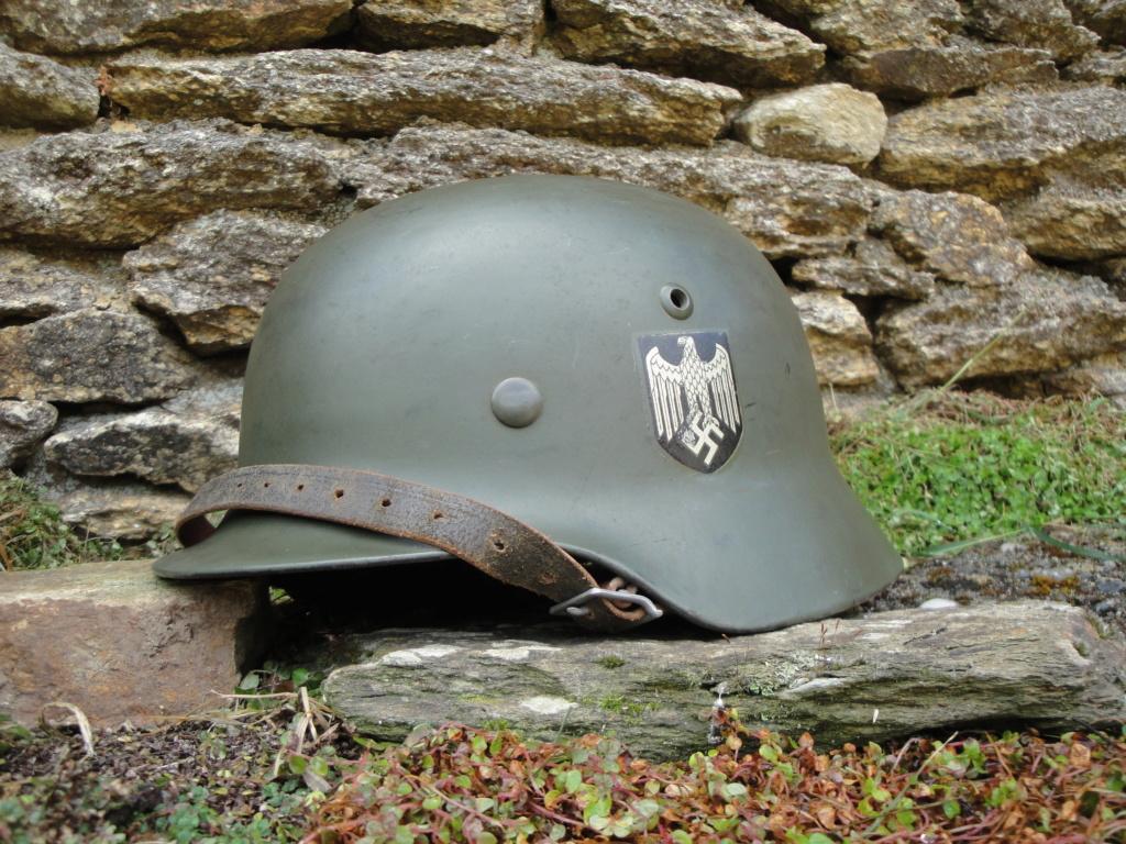 Casque Heer typique de la Wehrmacht 1027