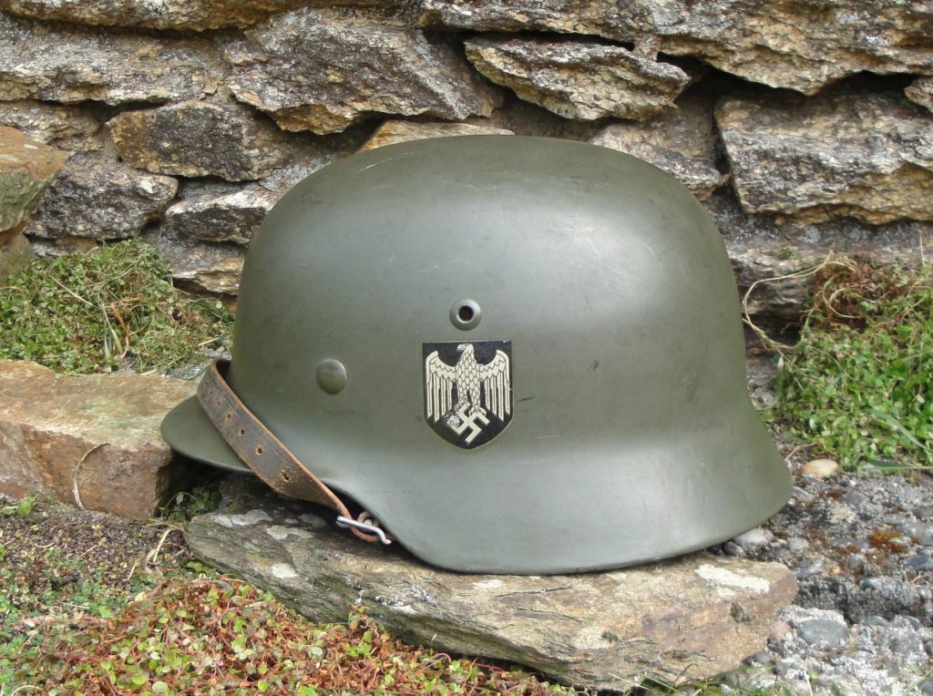 Casque Heer typique de la Wehrmacht 1222