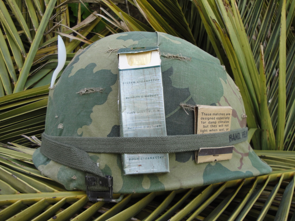 Casque US Vietnam de la 196th infantry brigade 1817