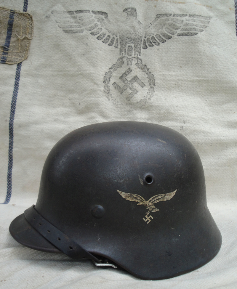Les casques de la Luftwaffe - Page 2 313