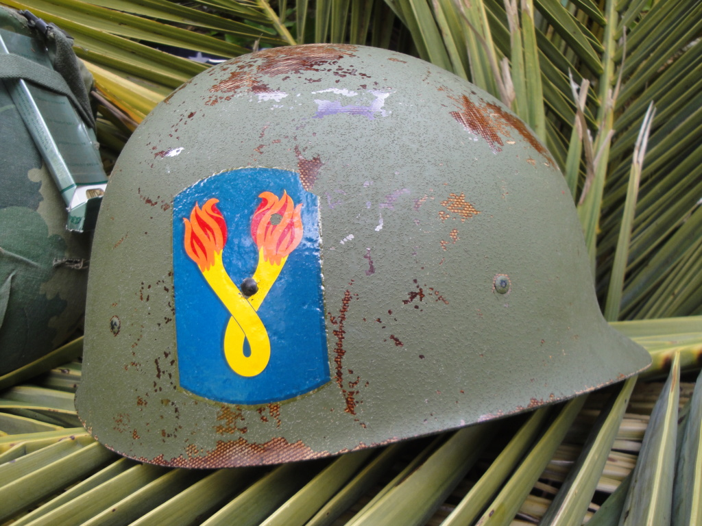 Casque US Vietnam de la 196th infantry brigade 3211