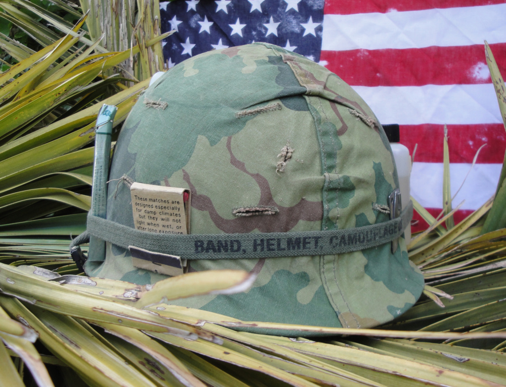 Casque US Vietnam de la 196th infantry brigade 324
