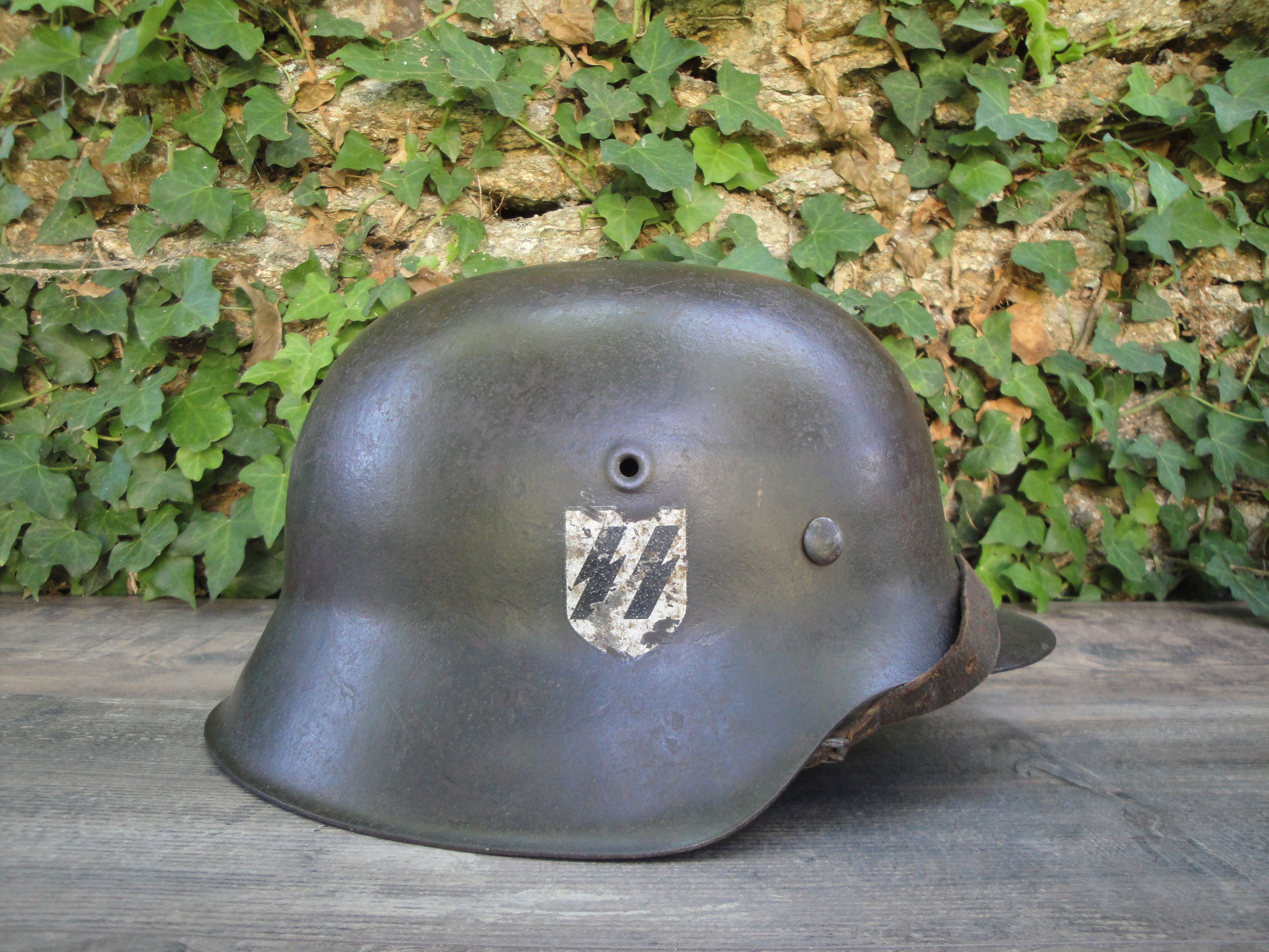 Casque allemand  m40 wss  543