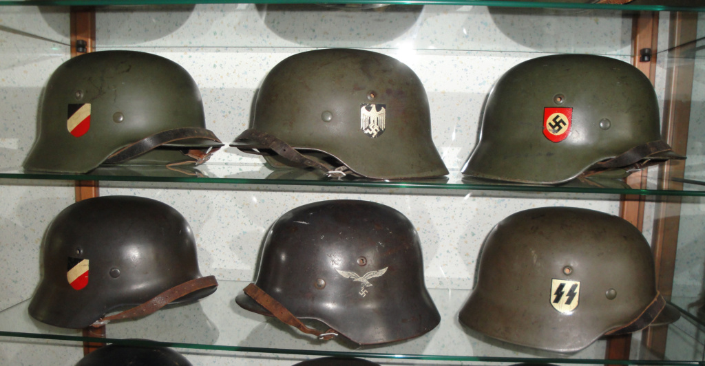 Casque Heer typique de la Wehrmacht - Page 3 Dsc07513