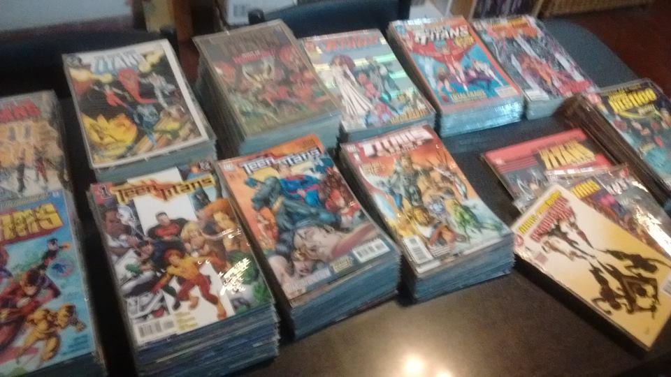 [COMICS] Colecciones de Comics ¿Quién la tiene más grande?  - Página 12 Dc_08_10