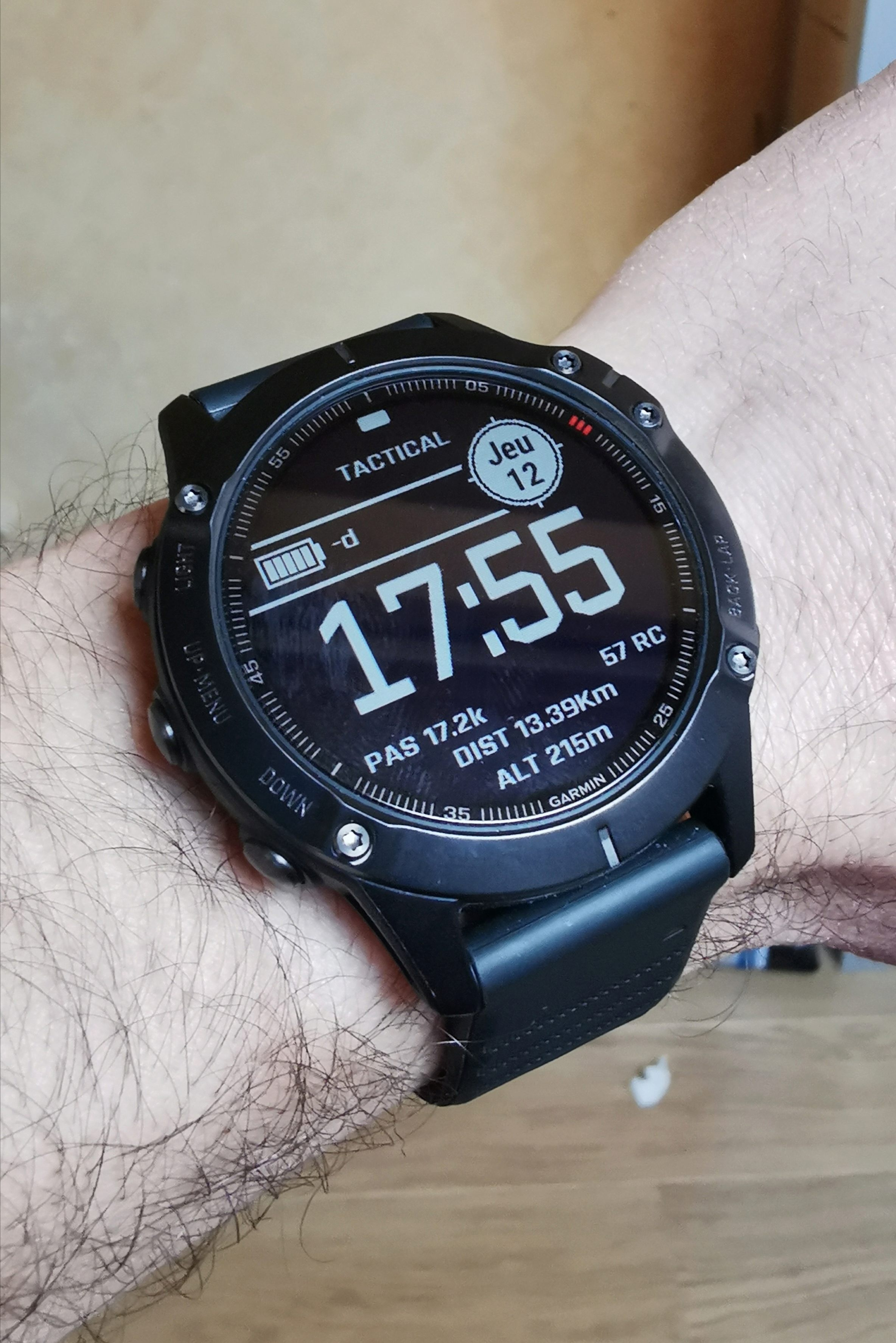 Quel intérêt portez-vous aux montres connectées ?   - Page 17 Img_2349