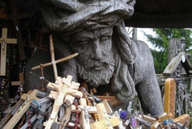 Священная Гора крестов Scree105