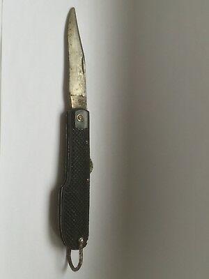 Couteaux pliants militaires réglementaires Français & Etrangers - Page 2 Rare-c10