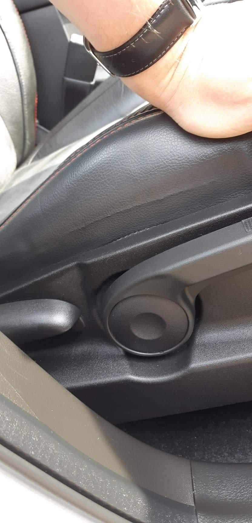 Drivers seat spliting Receiv11