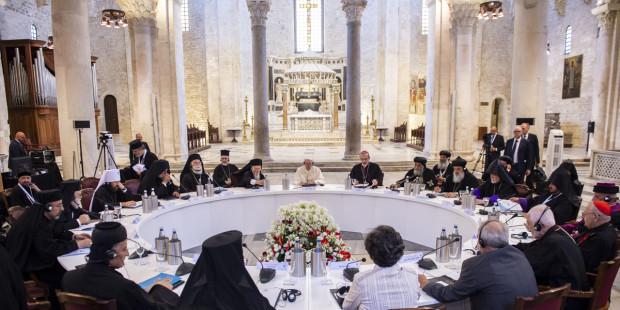 Le pape invite les responsables chrétiens d'Orient à prier : 112