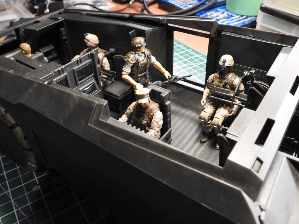 Aliens 1/18 APC Dscn2523