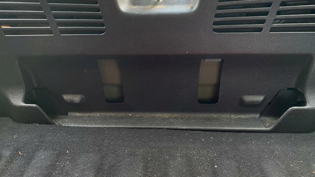 apertura del maletero en caso de averia en astra K 09278a10