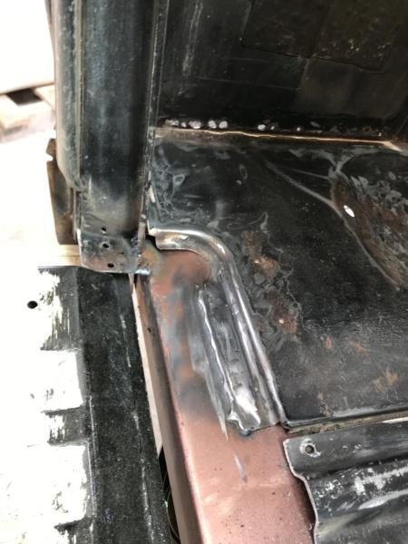 Range 2 portes V8 3.9 Img_4323