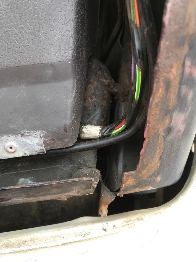 Range 2 portes V8 3.9 - Page 2 Img_5110