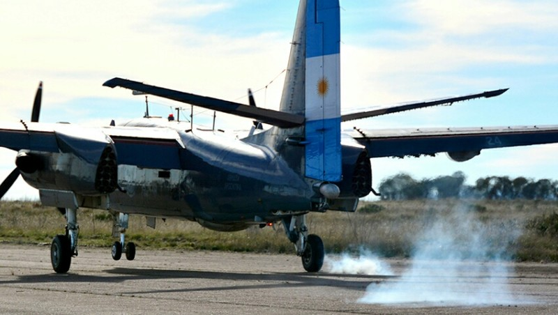 Vuelve a volar el Grumman S2T Turbo Tracker 2-AS-24 20190622