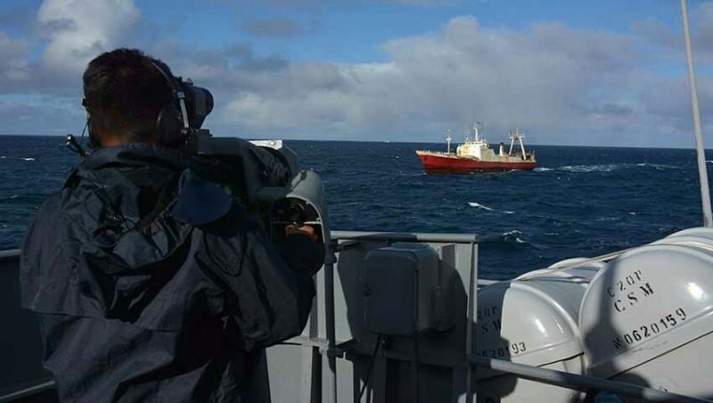 Unidades de la Armada Argentina efectuaron tareas de Vigilancia y Control de los Espacios Marítimos 20190627