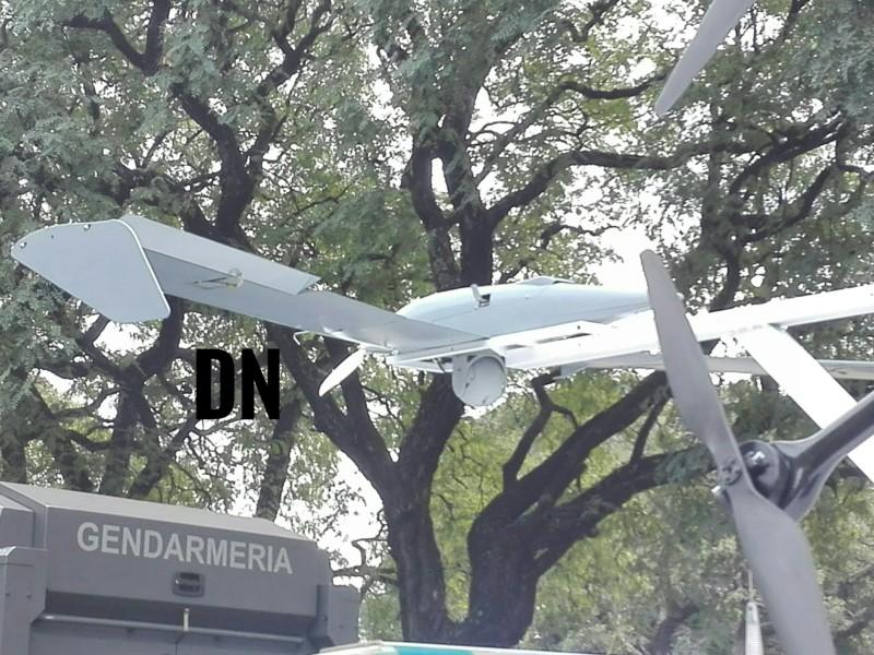 Desfile aeroterrestre por el Día de la Independencia 20190740