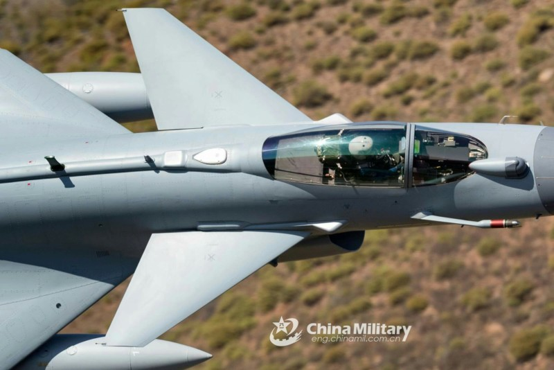 Jian J-10B ,El nuevo Caza polivalente Chino - Página 6 20191011