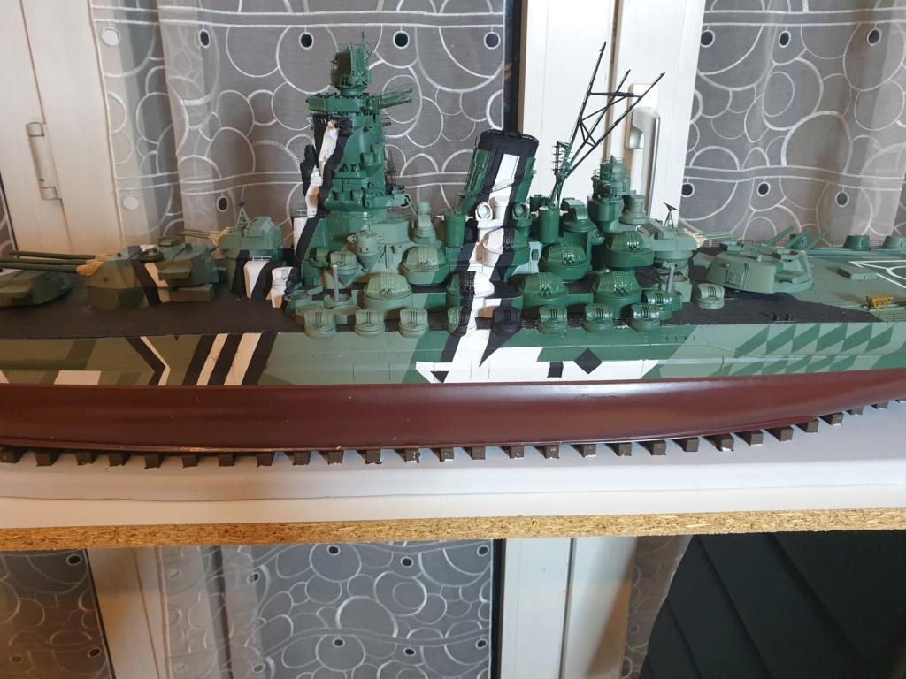[Uchronie] IJN Yamato 1955 (Nichimo, Fujimi et scratch 1/200°) par habikitokay - Page 10 20201242