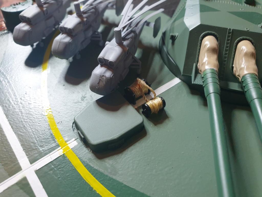 [Uchronie] IJN Yamato 1955 (Nichimo, Fujimi et scratch 1/200°) par habikitokay - Page 13 20210164