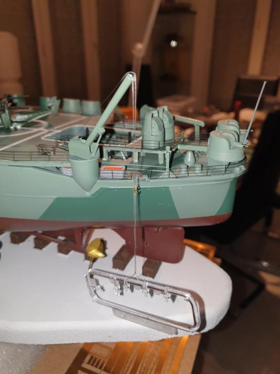 [Uchronie] IJN Yamato 1955 (Nichimo, Fujimi et scratch 1/200°) par habikitokay - Page 13 20210169