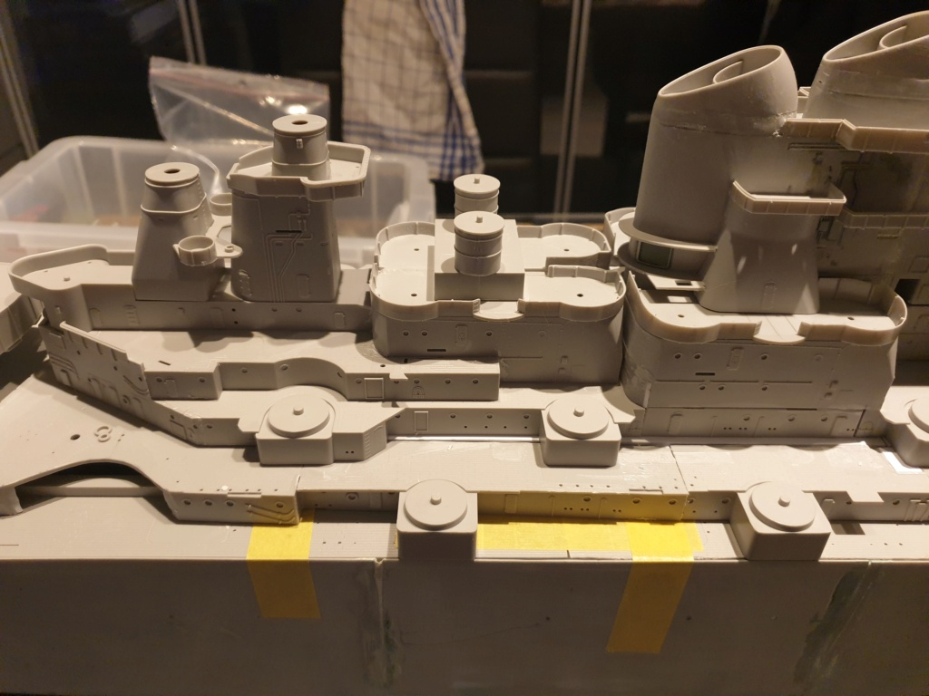 [Uchronie] USS Lake Michigan (base Iowa Trumpeter 1/200°) par hibikitokay - Page 3 20210438