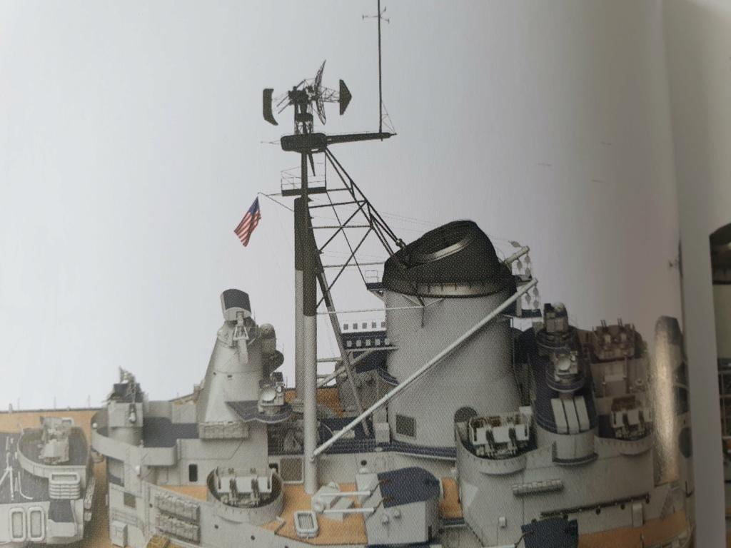 [Uchronie] USS Lake Michigan (base Iowa Trumpeter 1/200°) par hibikitokay - Page 3 20210450