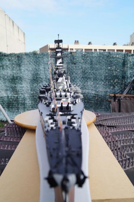 [Uchronie] USS Lake Michigan (base Iowa Trumpeter 1/200°) par hibikitokay - Page 10 Dsc00011