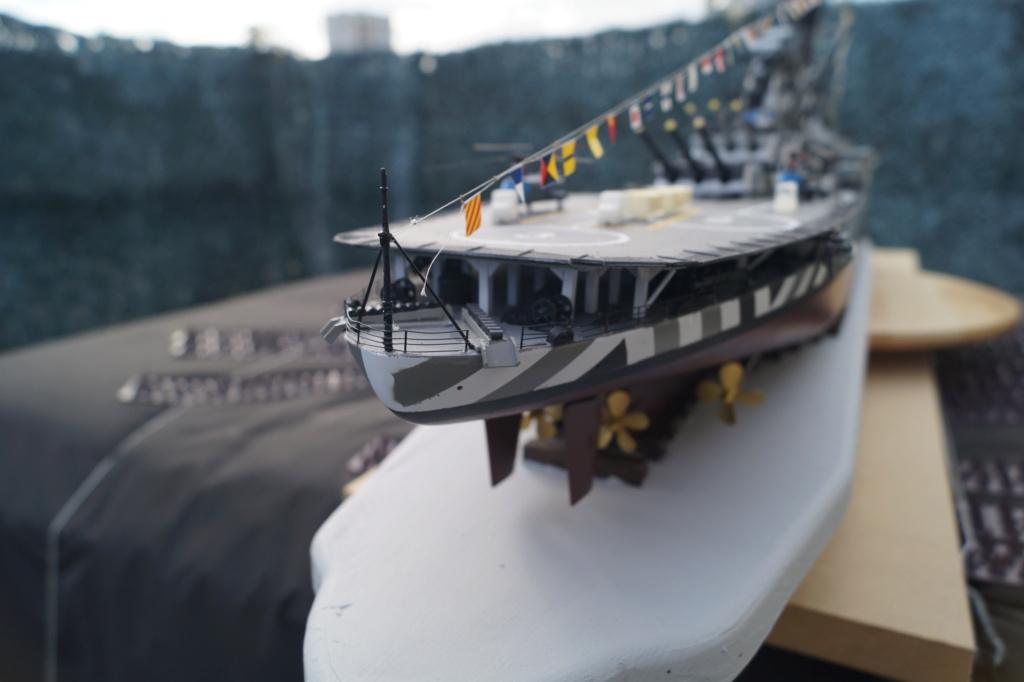 [Uchronie] USS Lake Michigan (base Iowa Trumpeter 1/200°) par hibikitokay - Page 10 Dsc00012